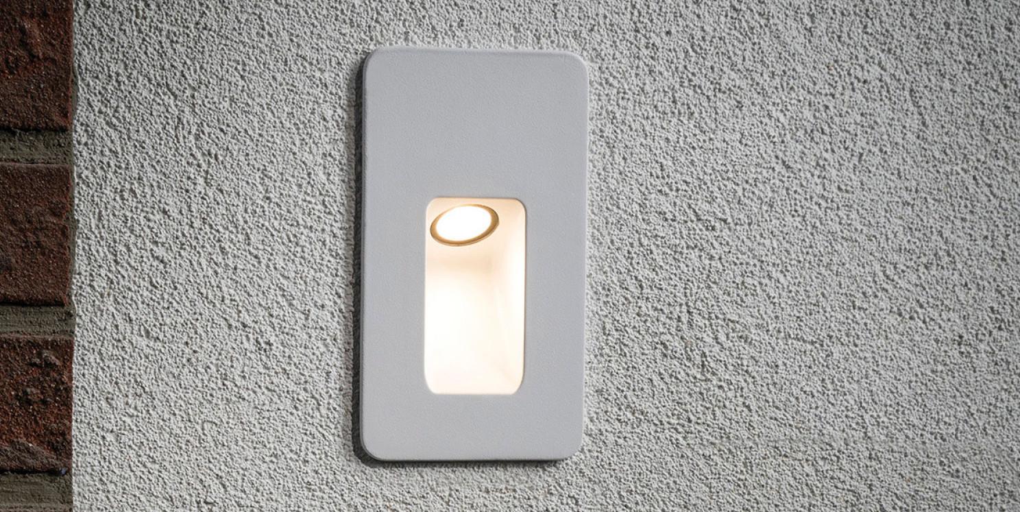 Slot LED