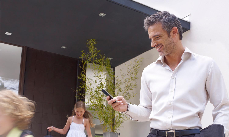 Automatische Türenüberwachung mittels Handy